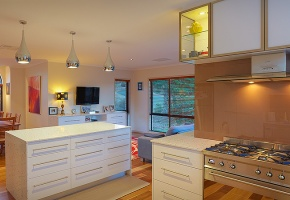 Award winning kitchens, Polyurethane Doors